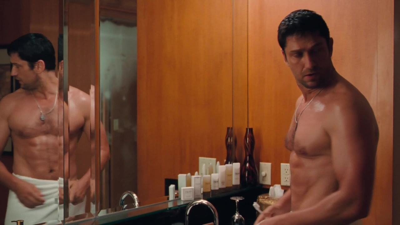 Gerard butler is a sexy boy