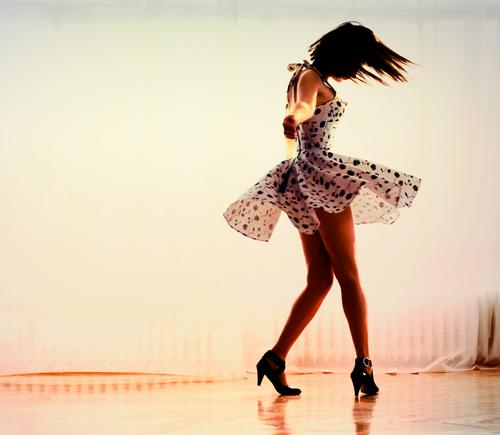 Dance, mas bem lentamente….