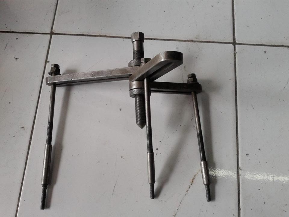 alat bengkel motor