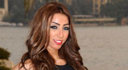 a871abba1 يُذكر أن دنيا بطمة رغم عدم حصولها على المركز الأول في برنامج Arab Idol، إلا  أنها حققت شعبية جماهيرية كبيرة، وبدأت مشوارها الاحترافي فور انتهاء  البرنامج، حيث ...