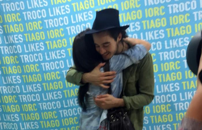 Conhecendo o ídolo senpai Tiago Iorc