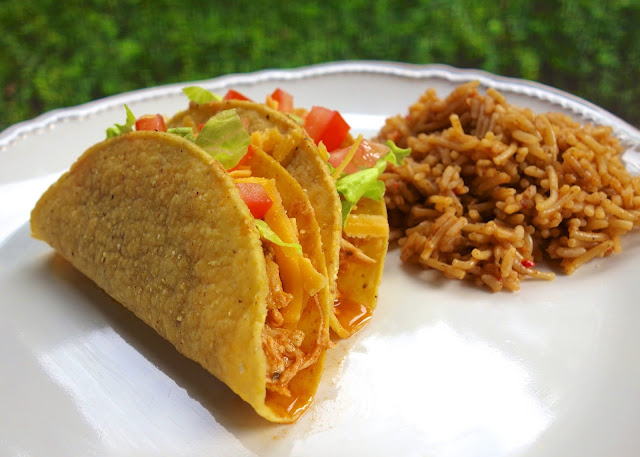 Slow Cooker Cool Ranch Chicken Tacos - chicken, taco seasoning and Ranch - THE BEST chicken taco meat! Great in tacos, on top of salads or nachos!
