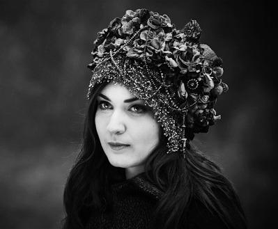 El look retro hippie de Charlene Soraia. 4