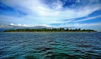 Wisata Gili Iyang Madura