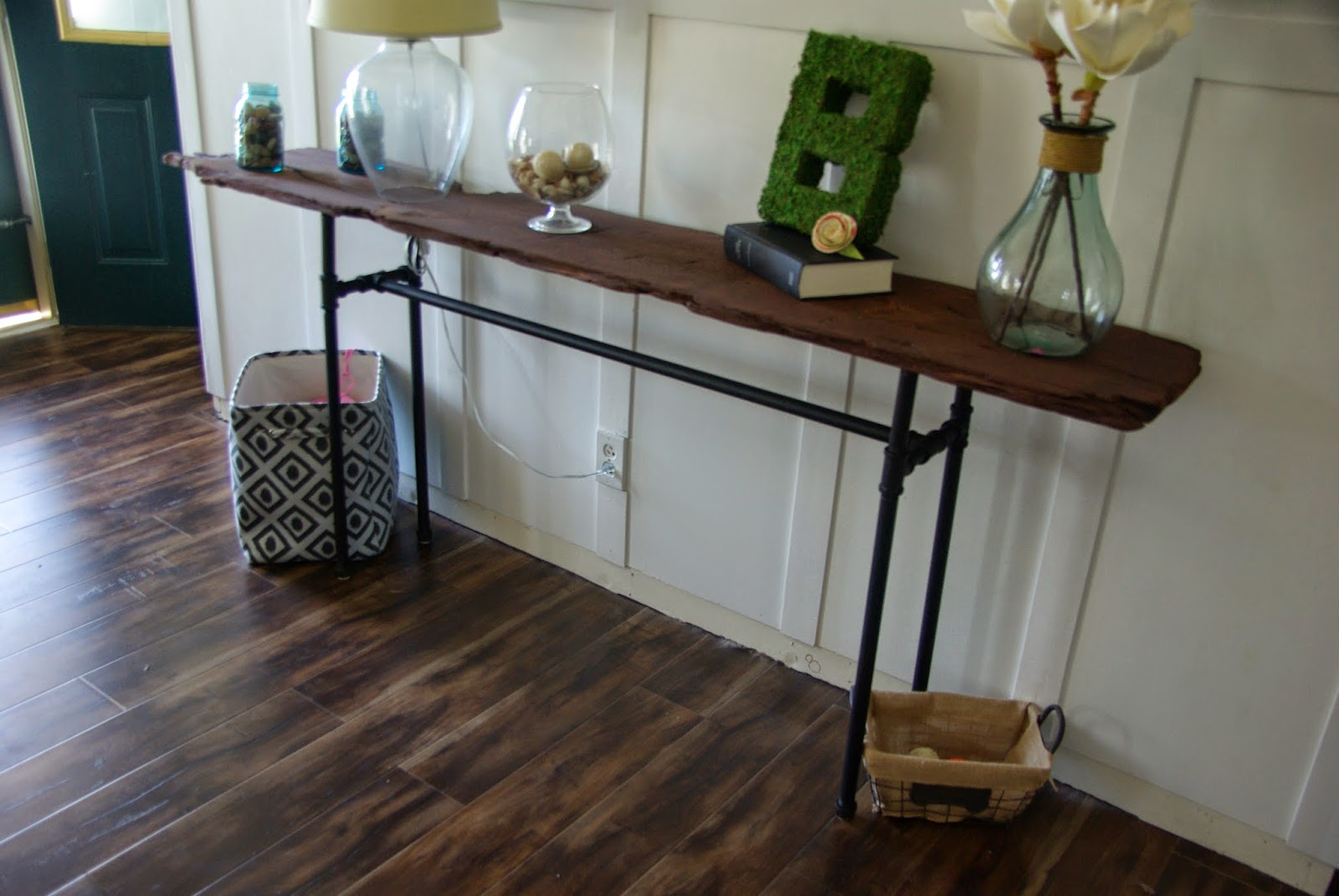 Our House, Now A Home: DIY Industrial/rustic Console Table