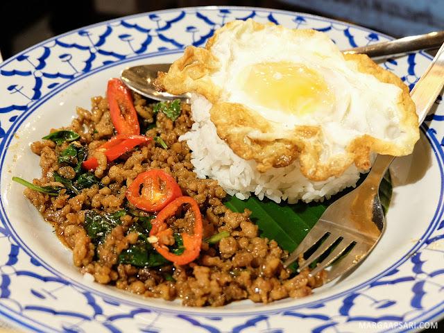 Menu Boat Noodle Indonesia Gandaria City Jakarta