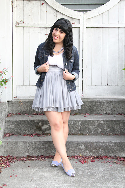 Kut from the Kloth Denim Jacket and Grey Skirt SF Summer Outfit