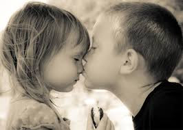 Top latest hd Baby Boy to Girl frist kiss images photos pic wallpaper free download 26