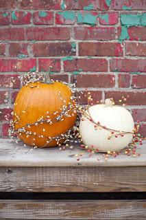 20 Idee Per Decorare Le Zucche Di Halloween Fai-da-te: ghirlanda