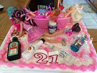 fotos de humor - tortas de barbie ebria