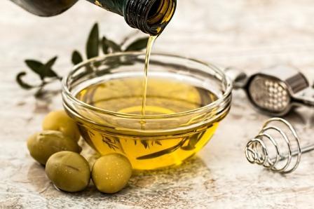 manfaat minyak zaitun untuk hilangkan bekas luka