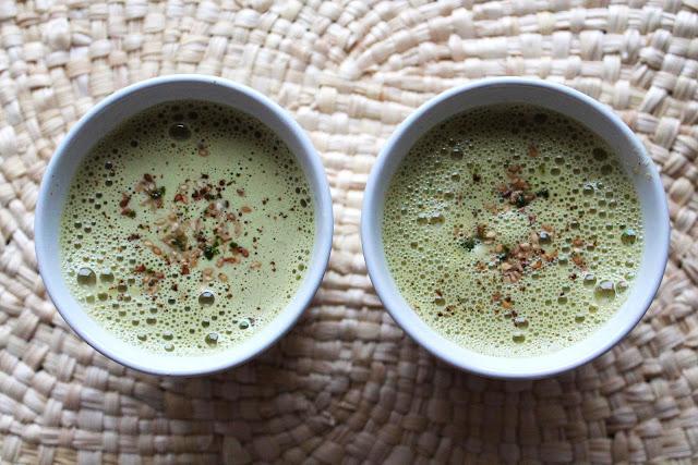Matcha latte lait de sésame grillé