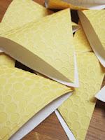 Guirlande de papier peint