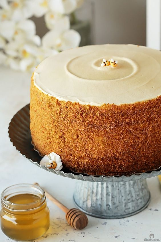 The Most Amazing Russian Honey Cake