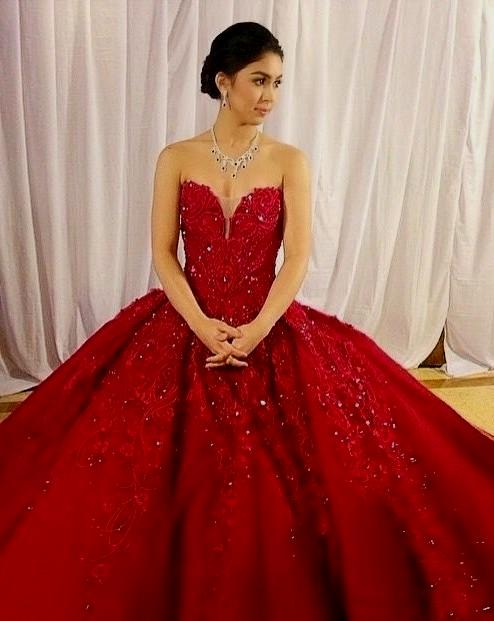 LOOK: 12 Filipino Celebrities Who Wore The \'BEST RED GOWN\' In The ...