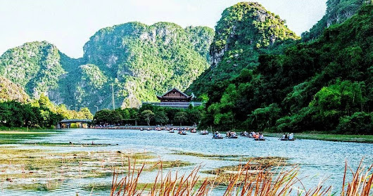 17 Mesmerizing Tourist Attractions in Ninh Binh