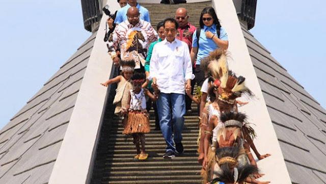 Ini Pesan Presiden Jokowi Setelah Resmikan Monumen Kapsul Waktu di Merauke
