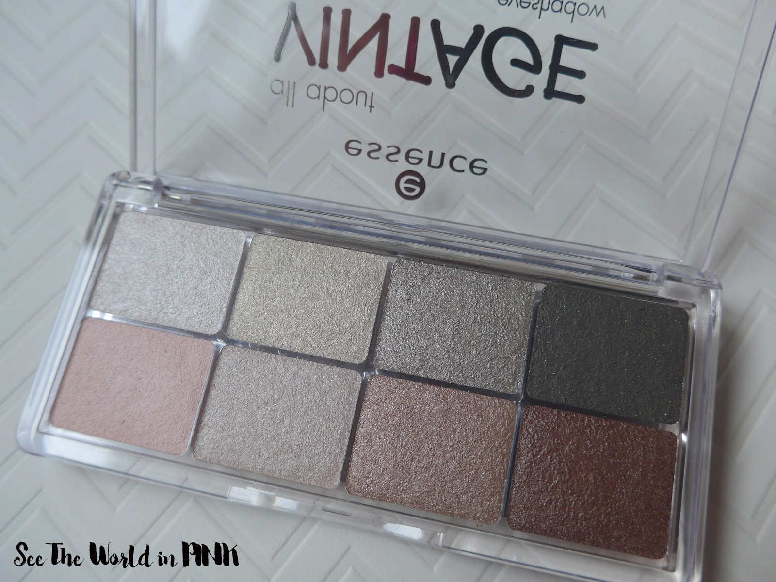 Essence Eyeshadow Palette All About Vintage