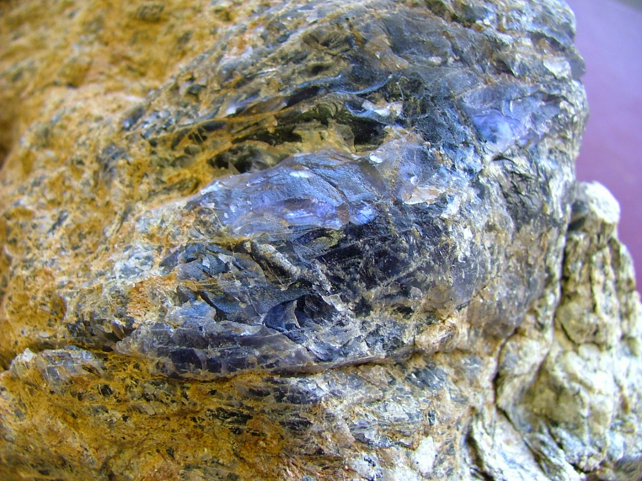 the discovery of iolite gemstone deposits finding