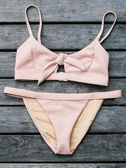 Trending And Cutest Summer Bikini Outfits Ideas 2018 #Swimsuits #Bikini