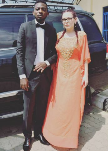 Singer May D weds his white girlfriend...flaunts wedding ring
