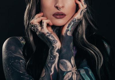 Co możesz usłyszeć, kiedy zrobisz sobie tatuaż?