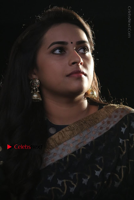 Actress Sri Divya Latest Pos in Black Saree at Sangili Bungili Kathava Thora Tamil Movie Audio Launch  0002.jpg
