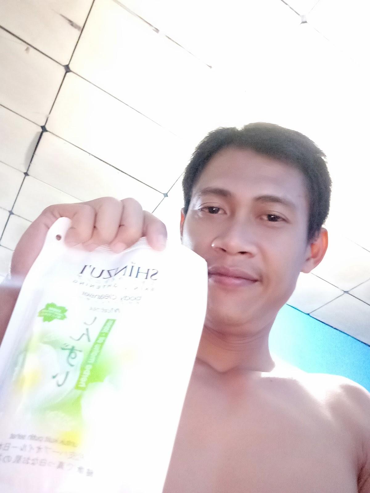 Pakai Sabun Cair Shinzui Skin Lightening Body Cleanser Kulit Lebih Cerah Putih Dan Lembab