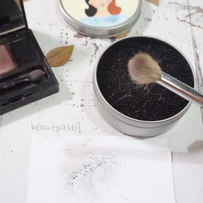 haluu-essentials-eyeshadow-color-swap-harga.jpg