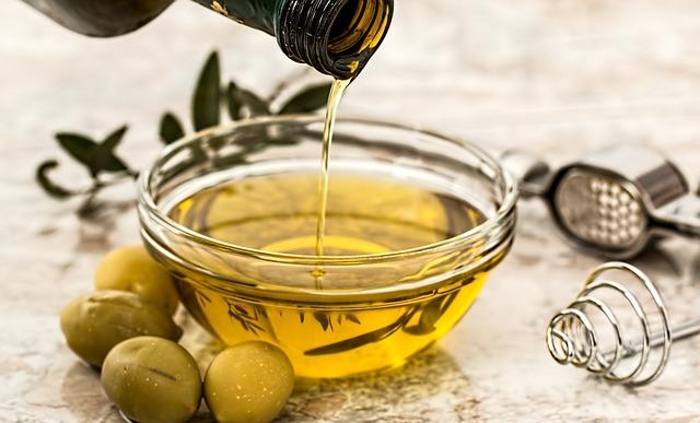 Manfaat Minyak Zaitun untuk Kesehatan dan Rambut