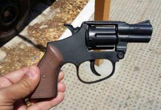 Bandido usa arma de brinquedo para assaltar Italiano na Paraíba