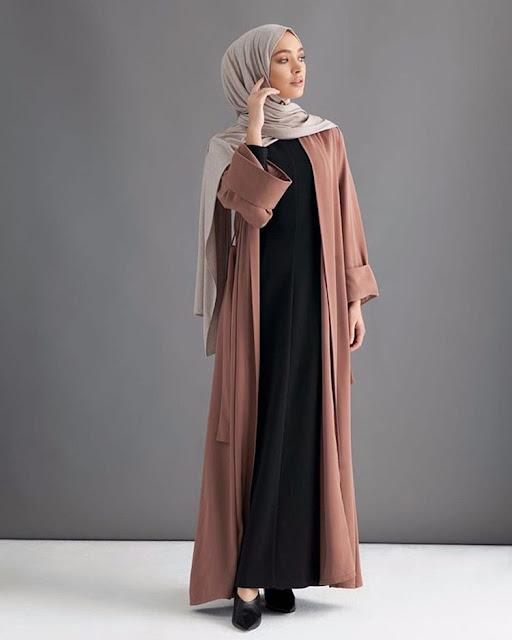 Tetap Modis dan Syar'i Menggunakan Gamis dengan Tips Fashion Muslim Masa Kini