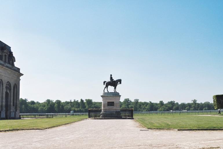 Visite des Grandes écuries de Chantilly