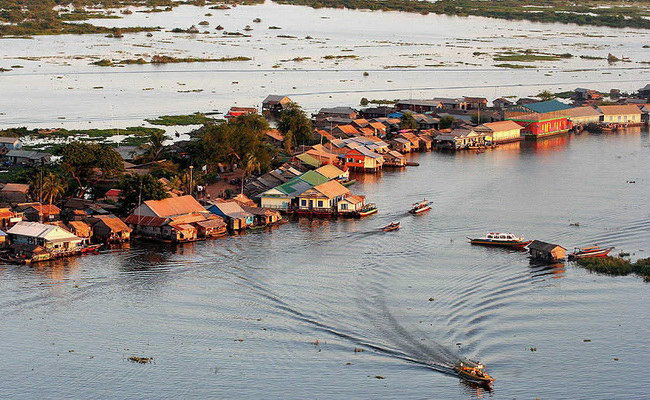Xvlor Tonle Sap is blend of river and lake systems for Mekong reservoir