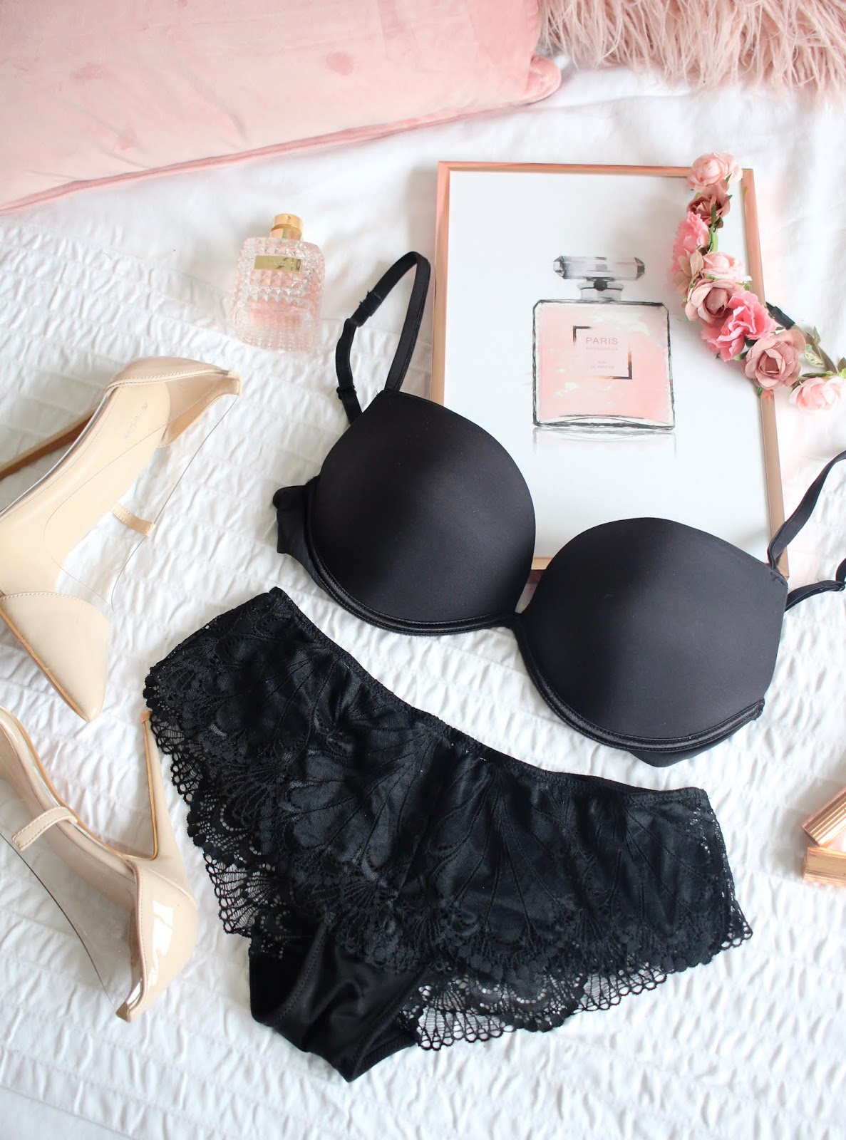 4c6536ff7b874 Taking Outfits to the next level with Wonderbra | Before & After ...