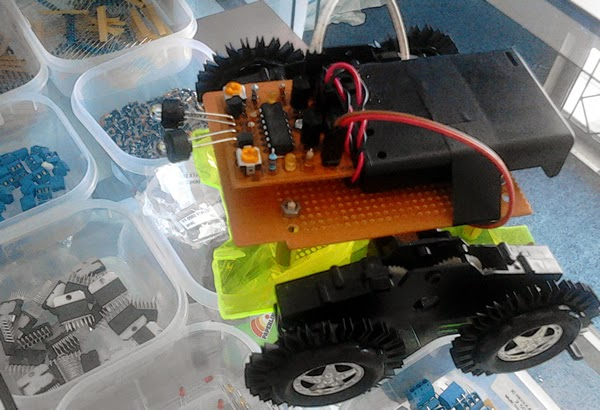 Robot Light Following