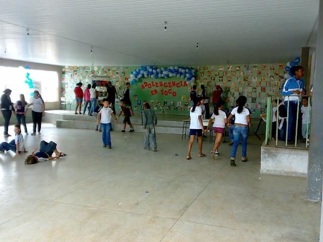 Áudio: alunos de escola em São Sebastião foram surpreendidos com larvas