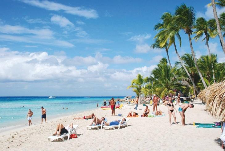 FBI: Turistas murieron por causas naturales en República Dominicana
