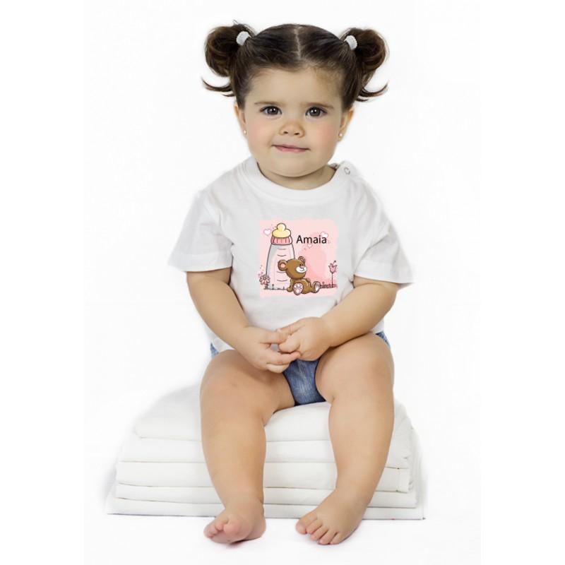 http://www.camisetaspara.es/camisetas-para-bebes/795-camiseta-biberon-osito-nombre.html