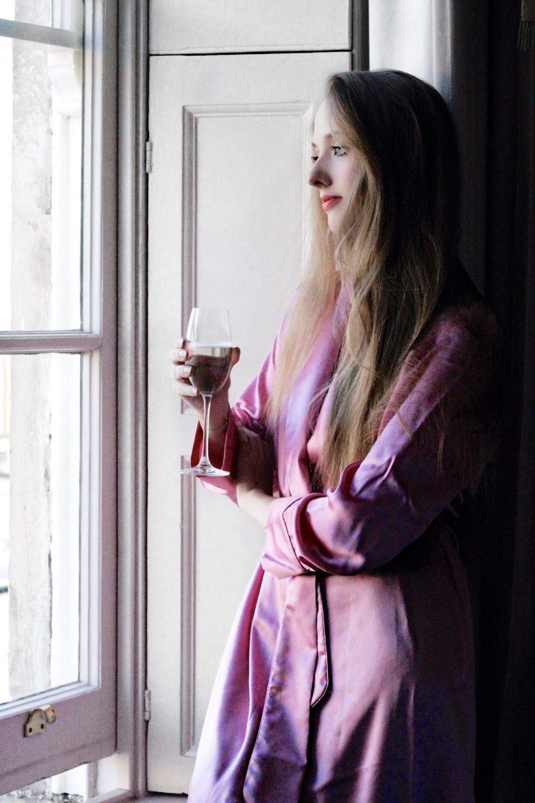 Luxury pink silk dressing gown by Bonsoir of London