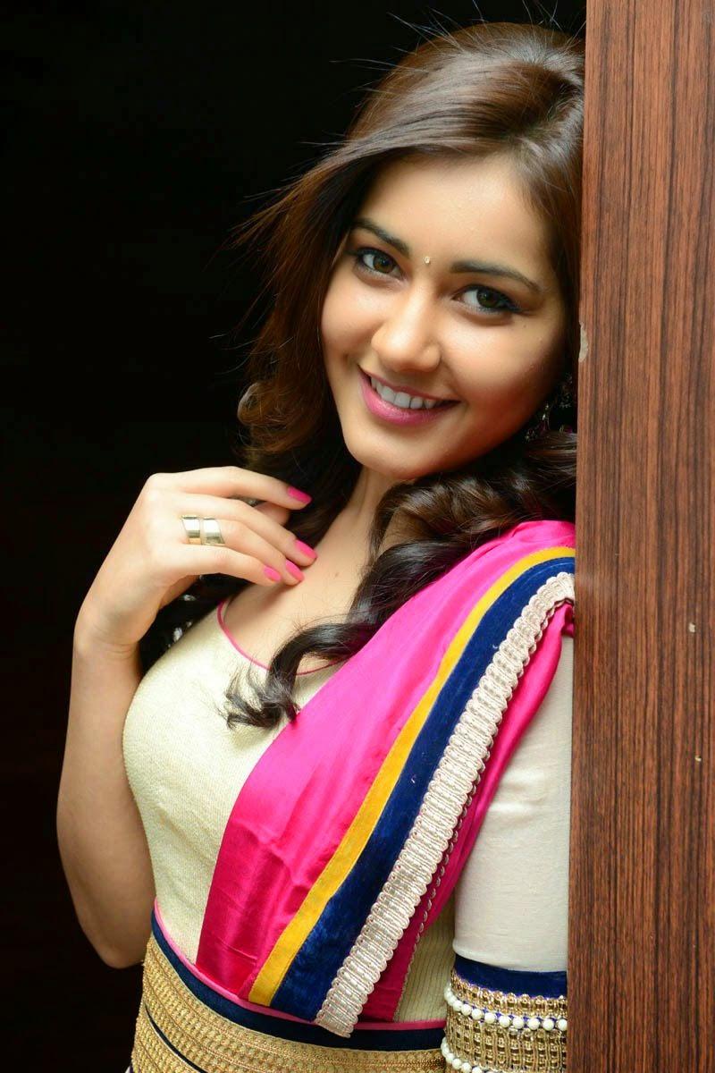 Actress Hd Gallery Raashi Khanna Latest Beautiful Hd