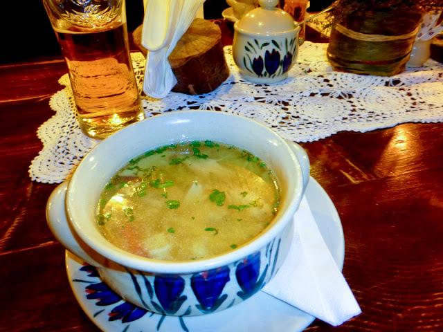Sopa tradicional polaca del Restaurante Morskie Oko, Cracovia