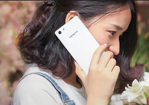 Harga HP Oppo A33 terbaru September 2017, Ram 2GB Dengan Design Premium