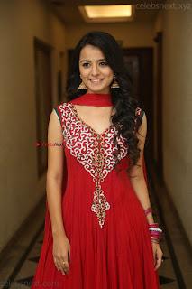 Young and Sexy Cute VERY Young Teenage actress Mahima Makhwana WOW beauty