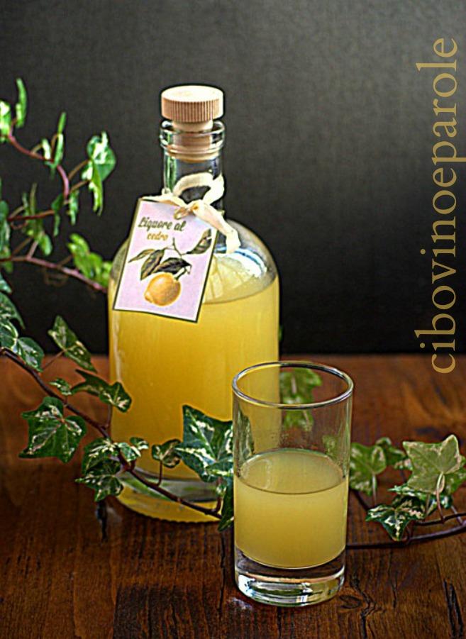 Cedar liqueur -recipe