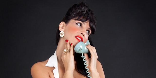 Πως απαντάει το κάθε ζώδιο στο τηλέφωνο;