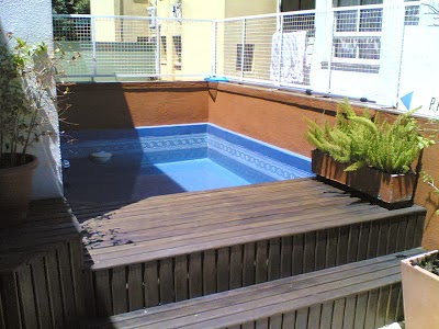 Fotos con ideas para decorar terrazas colores en casa for Piscinas muy pequenas