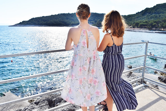 Croatia summer fashion girls HVAR Milna BFF