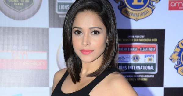 Nushrat Bharucha Photos at Lions Awards 2016 ...