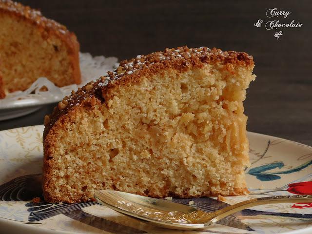 Bizcocho de crema de almendras al amaretto (sin lactosa) – Almond cream sponge cake